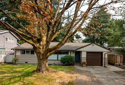 13306 1ST AVE NE, Seattle, WA 98125 - Photo 1