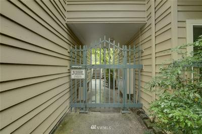 1717 16TH AVE UNIT 25, Seattle, WA 98122 - Photo 2
