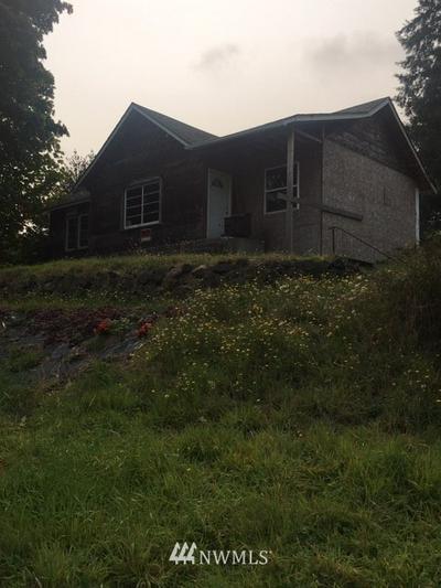 744 SEELEY ST, Raymond, WA 98577 - Photo 1