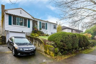 3209 E SPRING ST, Seattle, WA 98122 - Photo 2