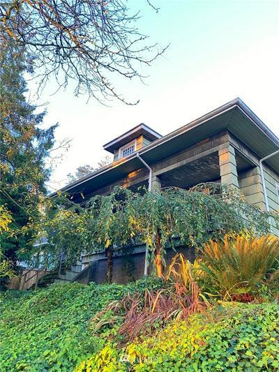 913 23RD AVE E, Seattle, WA 98112 - Photo 1