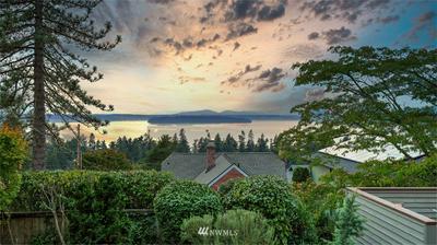 7567 CALIFORNIA AVE SW, Seattle, WA 98136 - Photo 2