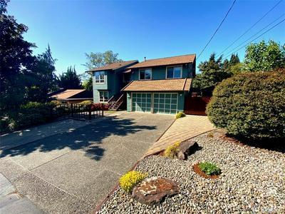 3508 NE 135TH ST, Seattle, WA 98125 - Photo 1