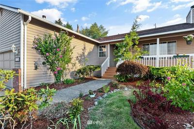 12 60TH PL SE, Everett, WA 98203 - Photo 2
