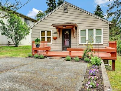 2324 NE 86TH ST, Seattle, WA 98115 - Photo 1