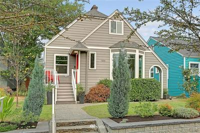 7319 KEEN WAY N, Seattle, WA 98103 - Photo 1