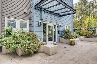 300 10TH AVE UNIT A204, Seattle, WA 98122 - Photo 2