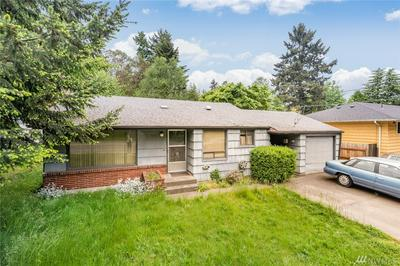 128 NE 130TH ST, Seattle, WA 98125 - Photo 2