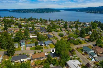 7651 S 114TH ST, Seattle, WA 98178 - Photo 2