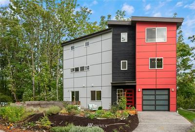 607 SW AUSTIN ST, Seattle, WA 98106 - Photo 1