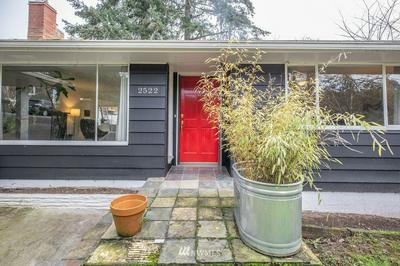 2522 65TH PL SE, Mercer Island, WA 98040 - Photo 1