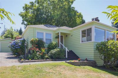 557 NE 102ND ST, Seattle, WA 98125 - Photo 1