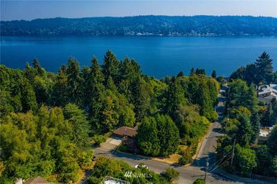 12506 42ND AVE NE, Seattle, WA 98125 - Photo 1