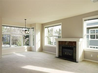 2901 NE BLAKELEY ST APT 500, Seattle, WA 98105 - Photo 2