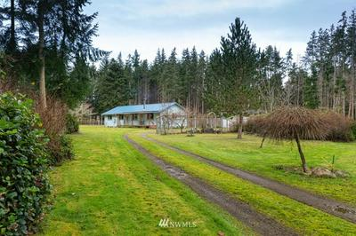 700 EDMONDS RD, Coupeville, WA 98239 - Photo 1
