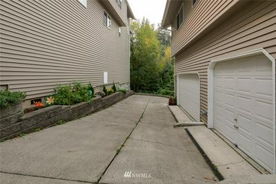 1905 E SUNSET DR, Bellingham, WA 98226 - Photo 2