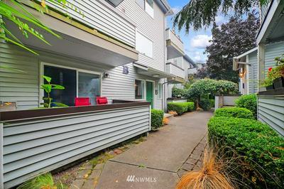 8659 DELRIDGE WAY SW APT B3, Seattle, WA 98106 - Photo 2