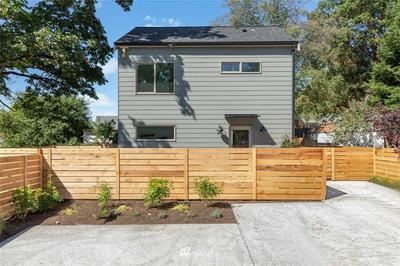 9443 5TH SW AVENUE # B, Seattle, WA 98106 - Photo 2