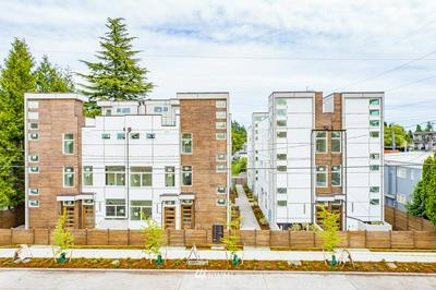 9242 17TH AVE SW, Seattle, WA 98106 - Photo 1