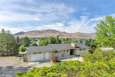 130 E HIGHLAND AVE, Chelan, WA 98816 - Photo 1