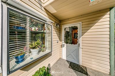 21304 48TH AVE W APT B3, Mountlake Terrace, WA 98043 - Photo 2