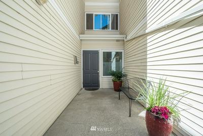 2650 NW 58TH ST APT 6, Seattle, WA 98107 - Photo 2