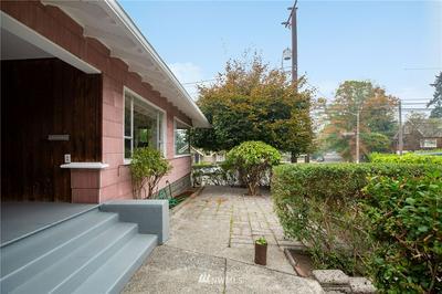 2233 2ND AVE W, Seattle, WA 98119 - Photo 2