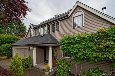10642 DURLAND AVE NE, Seattle, WA 98125 - Photo 1