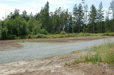 2215 CORSAIR LN, Oak Harbor, WA 98277 - Photo 2