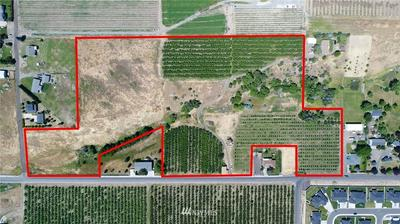 8007 COOLIDGE RD, Yakima, WA 98903 - Photo 2