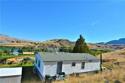 103 CEMETERY RD, Pateros, WA 98846 - Photo 2
