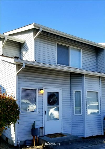 730 SE 8TH AVE APT E1, Oak Harbor, WA 98277 - Photo 1