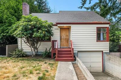 14021 30TH AVE NE, Seattle, WA 98125 - Photo 1