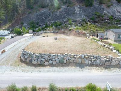 56 GOLF COURSE DR, Pateros, WA 98846 - Photo 2