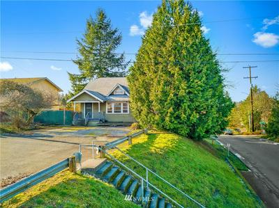 7901 8TH AVE SW, Seattle, WA 98106 - Photo 2