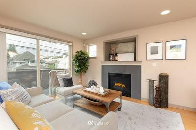 929 N 85TH ST # B, Seattle, WA 98103 - Photo 2