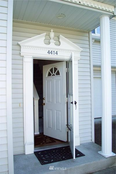 4414 GOVERNOR LN SE, Olympia, WA 98501 - Photo 2