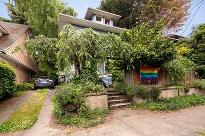 751 BROADWAY E, Seattle, WA 98102 - Photo 2