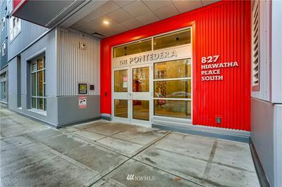 827 HIAWATHA PL S APT 510, Seattle, WA 98144 - Photo 1