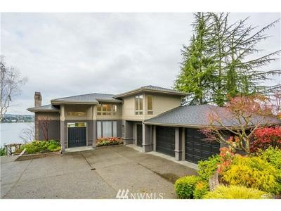 7445 W MERCER WAY, Mercer Island, WA 98040 - Photo 1