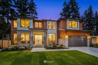 15111 SE 43RD ST, Bellevue, WA 98006 - Photo 1