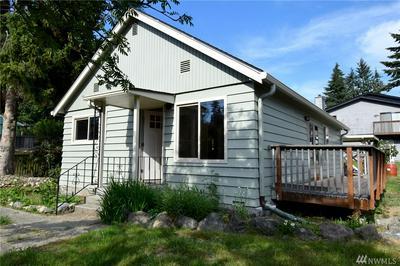 2805 NE 133RD ST, Seattle, WA 98125 - Photo 1