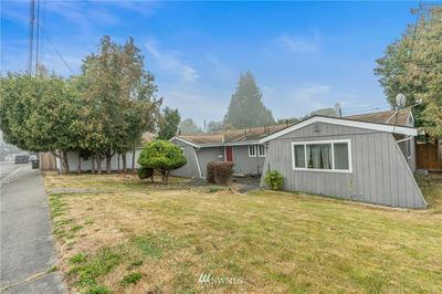 2209 FULTON ST # A, Everett, WA 98201 - Photo 2