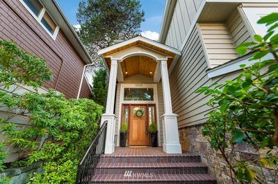 2915 24TH AVE W, Seattle, WA 98199 - Photo 2