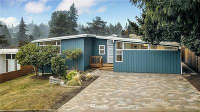 2527 NE 106TH PL, Seattle, WA 98125 - Photo 1
