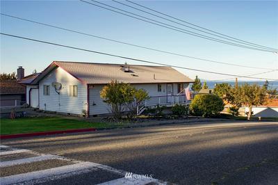 620 S M ST, Port Angeles, WA 98363 - Photo 2
