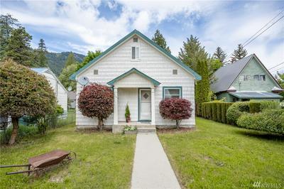 358 WHITMAN ST, Leavenworth, WA 98826 - Photo 1