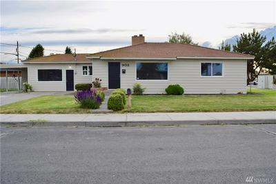 903 3RD AVE SW, Quincy, WA 98848 - Photo 1