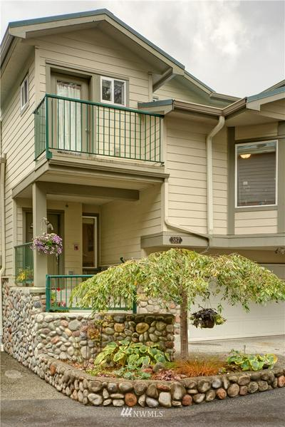 387 12TH AVE NW # 387, Issaquah, WA 98027 - Photo 2