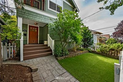 1007 W GARFIELD ST, Seattle, WA 98119 - Photo 2